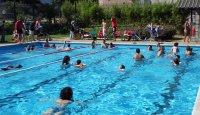 curset de natació per a persones amb discapacitat