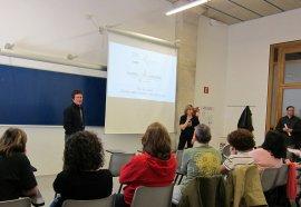 Taller marxa nòrdica, a la Setmana Saludable de la Universitat Pompeu Fabra