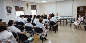 Els Boys Scout de Valladolid visiten l'Hospital Sant Rafael